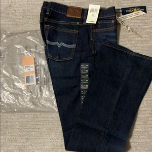 Lucky brand jeans size 6 New 28W 32L sweet n low